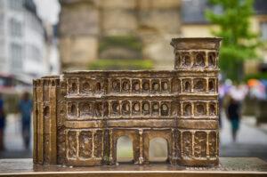 Die kleine Porta Nigra